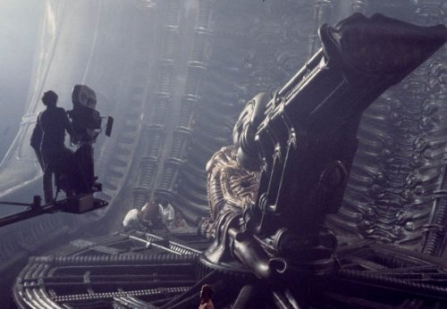 On set of alien