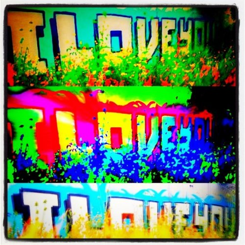 #iloveyou #inlovewithcolors #designplay #popart #imagetwist - check out #graffiti remix (Taken with instagram)
