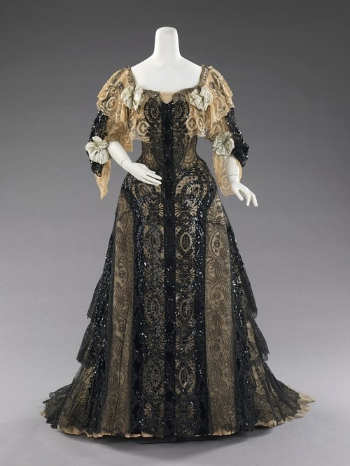 defunctfashion:  Evening Ensemble | c. 1890