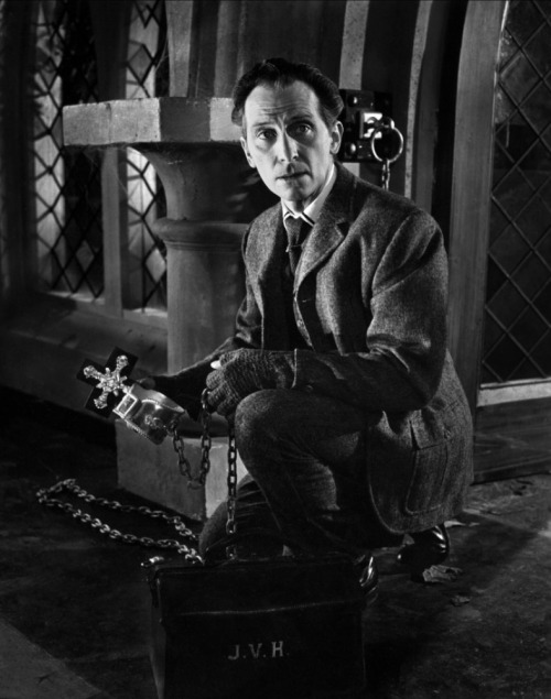 Peter Cushing as Dr. Van Helsing, in Horror of Dracula.