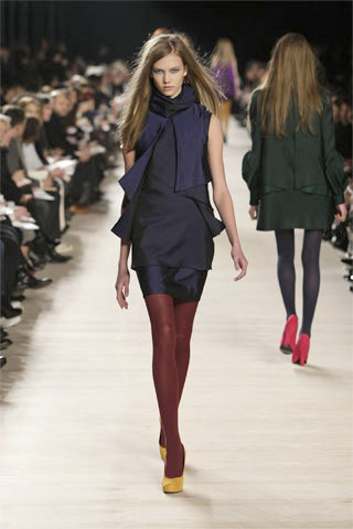 Karlie Kloss working the colorblock trend for Proenza Schouler Fall 2008…way before it was in for Spring '11.