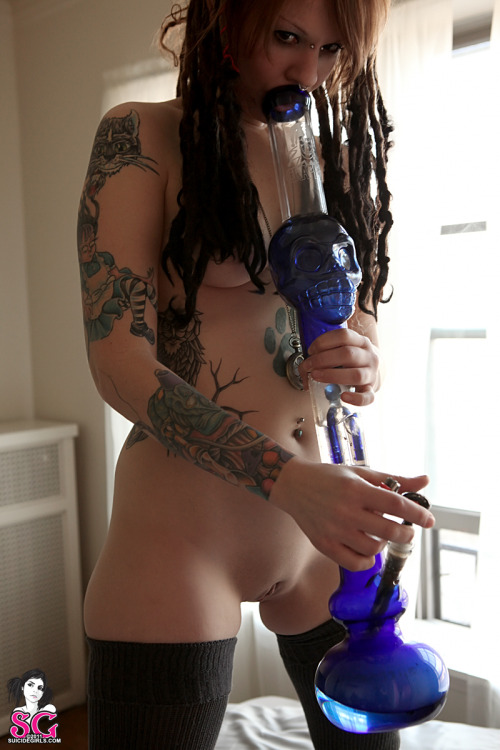 "suicidegirls:  Tweedle Suicide in Wake n Bake RAMBO SAYS: ""Happy 4-20! A sexy stoner for all you sexy stoners out there."""