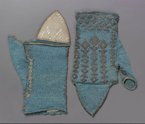 Pair of Mittens17th Century ItalianKnitted