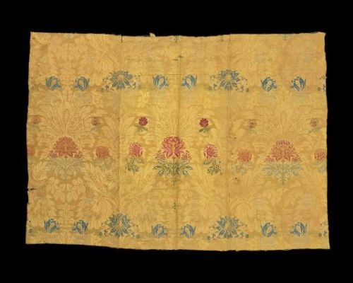 Panel of Silk Weaving1700-25 ItalySilk damask background with silk brocade