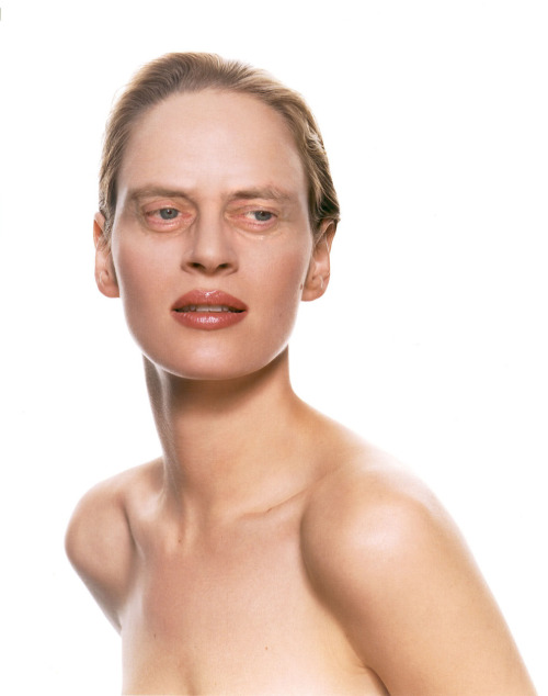 chickswithstevebuscemeyes:  Uma Thurman with Steve Buscemeyes. Thanks to so many for the suggestion.