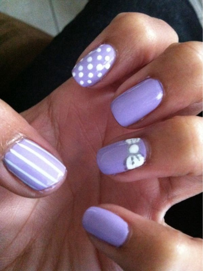 jazzyfantazzy:  1st attempt at using my dotting tools and nail art brush haha   Love it!!