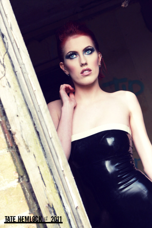 Maja Stina outside Cambridge. Editing by Maja Stina. Latex by Burning Violet. She rocks.