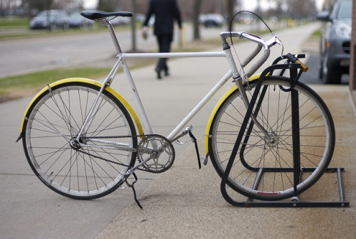 20110414_L1002348 on Flickr.Via Flickr: Fixie outside a Jimmy John's