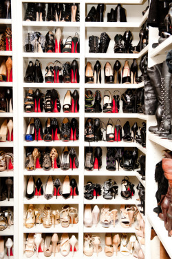 KLOE KARDASHIANS LOUBOUTIN SHOE CLOSET! Can she donate a pair to me?……….JK………but seriously…..
