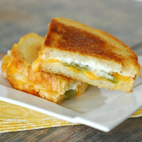boyfriendreplacement:  Jalapeno Popper Grilled Cheese. It's as good as it sounds! Recipe