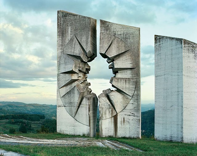 complexfields:  (via 25 Abandoned Soviet Monuments that look like they're from the Future | Crack Two)  OK, so my first thought on seeing these was someting along the lines of how awesome they would look as arcthitecture from Krypton. I need Smallville to end. Seriously. eh-hem. Back to topic. These are my faves:   Must be something about lonely roads to the gates of destiny. </emo>