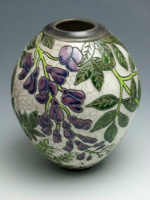 JoAnn Axford: Ceramic vase #1