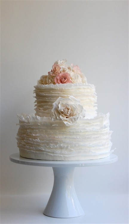 This frilly rose cake is so delicate and gorgeous I wouldn't even want to eat it! (via maggieaustincake.com)