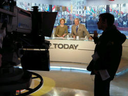 Tom Brokaw and Jane Pauley return to the @todayshow.