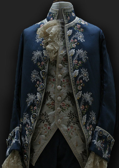 | ♕ |  a noble's jacket with intricate embroidery  | post by 18thcenturytears  via societycottontail | margueritemoulin | huamao