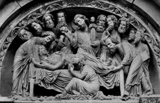 Death of the Virgin, Strasbourg Cathedral 1230.  Large heads, deeply chiseled figures (high relief), Mary dies in her sleep, Christ receives her soul. Wide range of emotion.