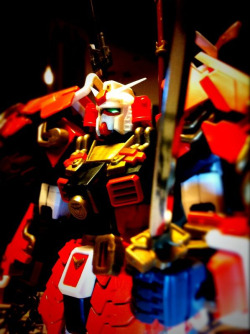 Shin Musha Gundam - detail of hand & sword.
