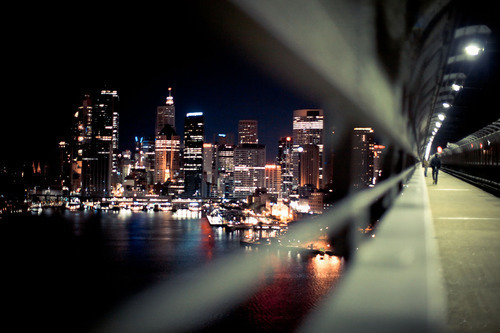 Sydney Harbor Bridge from johnmayer.com via encore-