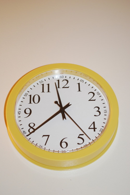 ANOTHER CLOCK! it's yellow and it's not that fancy, BUT IT STILL TELLS YOU WHAT TIME IT IS! you can show off to your friends that you can still use an analogue clock and be cool just like me. and it's only $6!  UPDATE: SOLD!!!