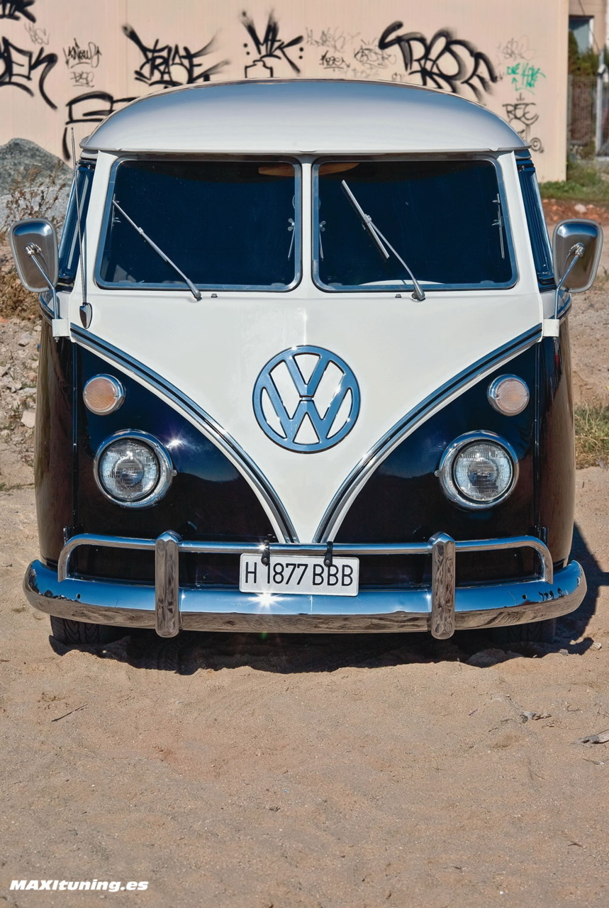 51 - A picture of your dream car. hang up with friends and go to the beach :3