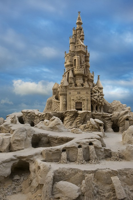 AMAZING lifesabeach21:  cookingloveandlife:  Sandcastle in the Bahamas