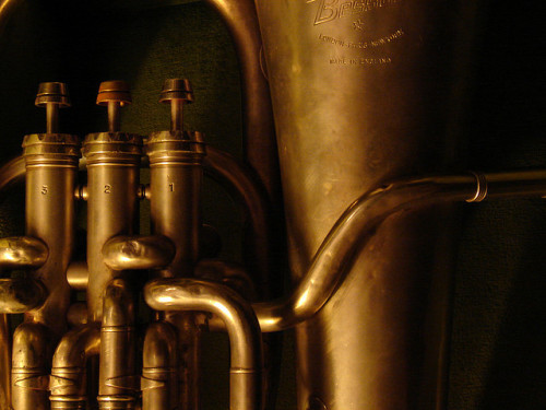 Finally, Musicalmelody posts euphonium stuff lol This horn looks so purdy, I wish I could have a decent looking euphonium instead of the shitty American baritone that the school hands us.