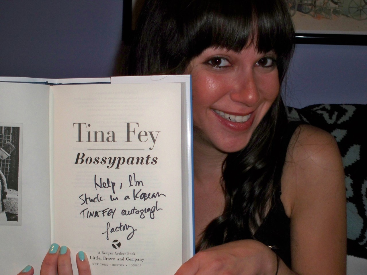 "popculturebrain:  thehoulywoodreporter:  thedatingjungle:  I got Tina Fey's ""Korean Autograph Factory"" book, and all I got were 6 ""Likes"" on Tumblr.  I love Jen.  The face behind 3,650 notes. Out of hundreds, this golden egg is one of two that Fey signed as such. I feel like you should get a tour of 30 Rock from Tina Fey, Willy Wonka style."