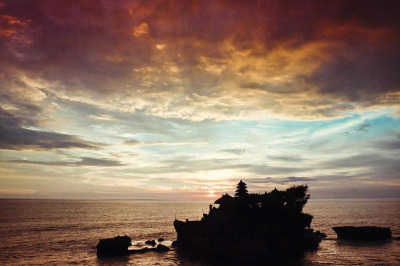 sunset over pura tanah lot by Dyrk.Wyst on Flickr.
