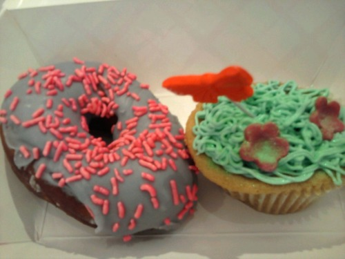 The best doughnut ever plus a yummy yummy cupcake!These come from Cowgirl's Baking in NYC :)!  So cute!!