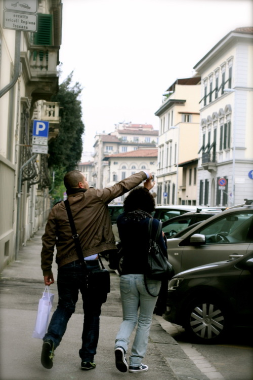 jenasingmeasong:  couple twirling in the street.