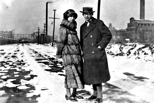Young couple in Chicago Winter, 1920s. No Chinese are known to have been in Chicago until the first trans-continental railyway was completed in 1869. By 1874 there were already 18 laundries and one tea shop in the central part of the Chicago, all managed by Chinese. They came from the Pacific coast for a more tolerant society after anti-Chinese violence broke out in San Francisco, Los Angles, and elsewhere in the western part of the country.