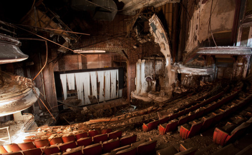 75 Abandoned Theaters from around the USA