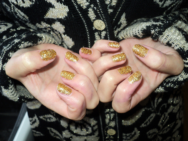 Glitter Dip Nails | A Pair & A Spare Are you a glitter girl? I am. I've always had a bower bird tendancy, and that includes things I wear. I love glitter nail polish but i hate putting it on - it always gets chunky and piles up, urgh. This is a great idea - paint your nails with a clear polish, cover liberally with glitter (shake off excess) wait til it sets then cover with a clear top coat. I think I would use that really fine glass glitter that Martha uses (and sells!) to give it a bit more of a classy edge. I don't want my glitter nails to look tacky after all!