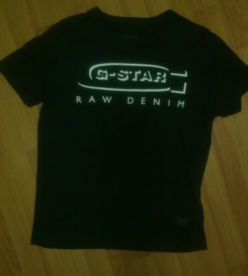 G STAR RAW TOPSize: LColour: BlackCondition: Excellent, as new.RRP: $70Selling For: $40