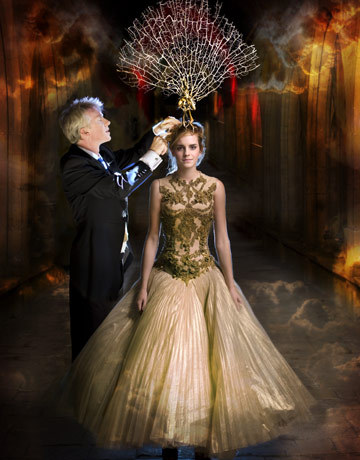 I found this amazing and fantastic picture of Emma Watson.  Love the color and style .  :>