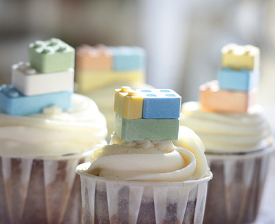gastrogirl:  carrot cupcakes with lego candies.