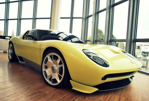 cartastic:  Lamborghini Miura Concept displayed at the Lamborghini's Museum in Sant'Agata Bolognese, Italy. Photo by Jurriaan Vogel.
