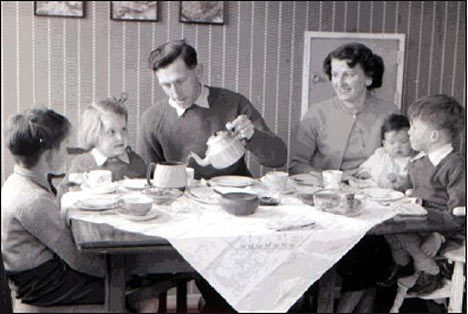 1950s Family At The Table