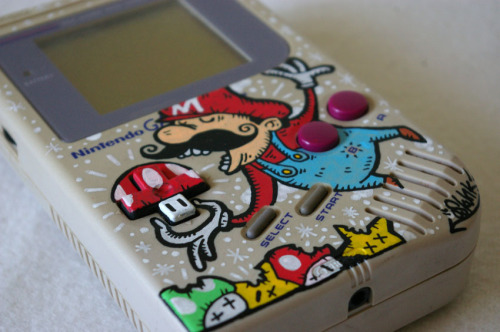 customized Nintendo Game Boy by artist Oskunk :: via  custom-art.blogspot.com