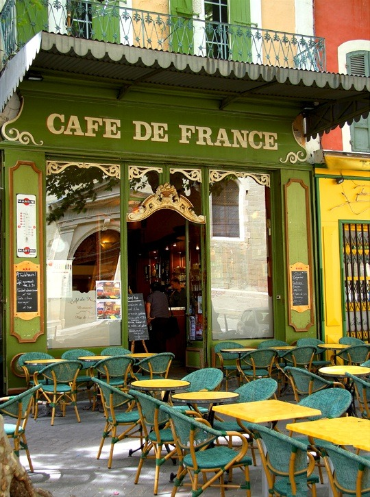 crushculdesac:  ysvoice | ♕ |  Old cafe in L'Isle-sur-la-Sorgue  | by Giorgio
