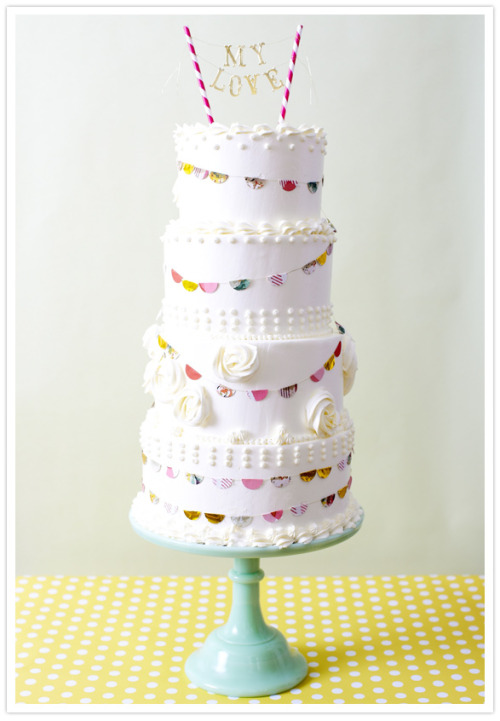 Love this cake (Via 100 Layer Cake)