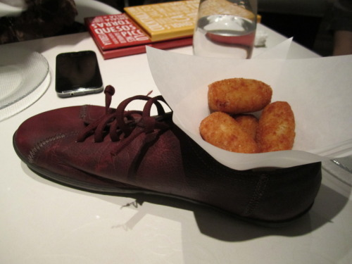 Croquetas de pollo - bougie tapas in a shoe! That quirky Jose Andres! China Poblano is next on my hit list! Jaleo, Las Vegas