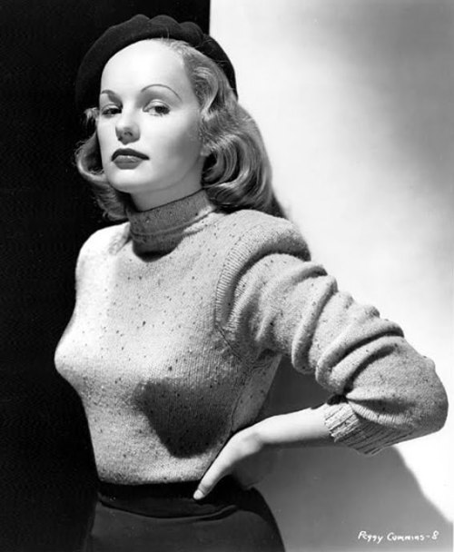 (via Film Noir Photos: Sweater Girl: Peggy Cummins) Gun Crazy (1950)