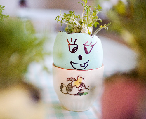 Check out this little guy! What a creative way to grow herbs or small flowers using an eggshell as biodegradable planter. It is all very simple: Fill the egg shell with potting soil, add the seeds of your choice and water. Make sure to keep the seeds nice and wet for optimal growth. If you want to make things a bit more advanced, you can paint a funny face on the shell and decorate as you wish. When the plants get too big for the shells, you can transplant them straight to the soil, shell and all.   Hope everyone had a wonderful Easter/Passover weekend! (Photo via)