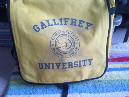 holmesinthetardis:  You are all VERY JEALOUS of my schoolbag.  Indeed.