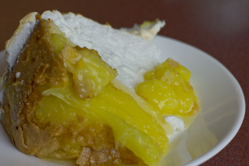 High hopes came with this slice of Lemon Meringue Pie. First, it was found in a roadside diner, so the kitsch factor was significant for a non-American (this moi). Second, that roadside happened to be in Pleasantville, NY, and not much more needs to be said about the awesomeness of eating pie in such a delightful-sounding place. Third, said diner advertised that their pies were homemade and with that came the promise of generations of pie-baking knowledge poured into every delicious morsel. That's what I thought, anyway. This pie was, OK. Let me say that first. Perfectly passable if you don't mind your meringue slightly wet and your lemon filling erring more on sweet than tart. It looked amazing. And a nice touch was to have a thin layer of sponge between the meringue and the filling. But the crust, oh, the crust. Such a disappointment. Where's the crisp, flakiness we hope and long for in such times? Maybe I got the pie at the wrong end of the week (a Saturday)? But when there's pie left on the plate at the end of a meal, something's definitely gone wrong.
