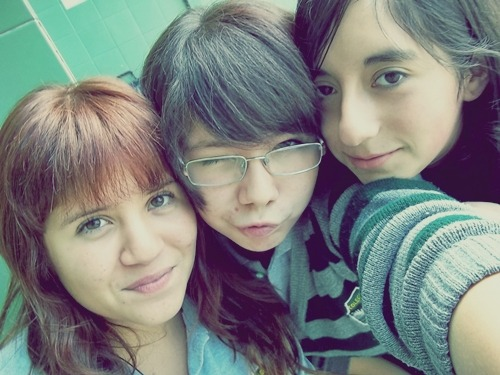 with my school's friends.. Mayra in the left and Sofia in the right ~ c: