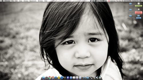 My current desktop. My little sister has the biggest, most beautiful eyes…since asians usually have chinky eyes. I love her to death, she's the most important person in the world to me. I'd take a bullet for her.