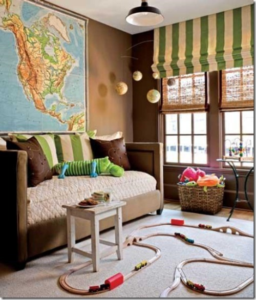 (via Simplified Bee®: Decorating Ideas Using Maps)