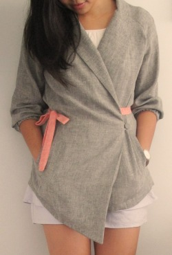 A soft pastel Easter Weekend!  Wearing my quirky asymmetric-cut grey blazer with pomegranate red bow tie, soft lilac petal shorts, O'Clock watch in grey and Tony Bianco pumps in patent beige ♥